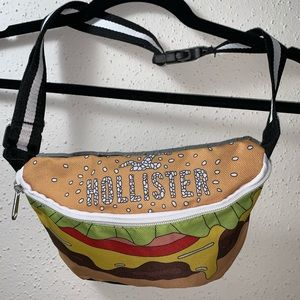 HOLLISTER 9inch Fanny Pack